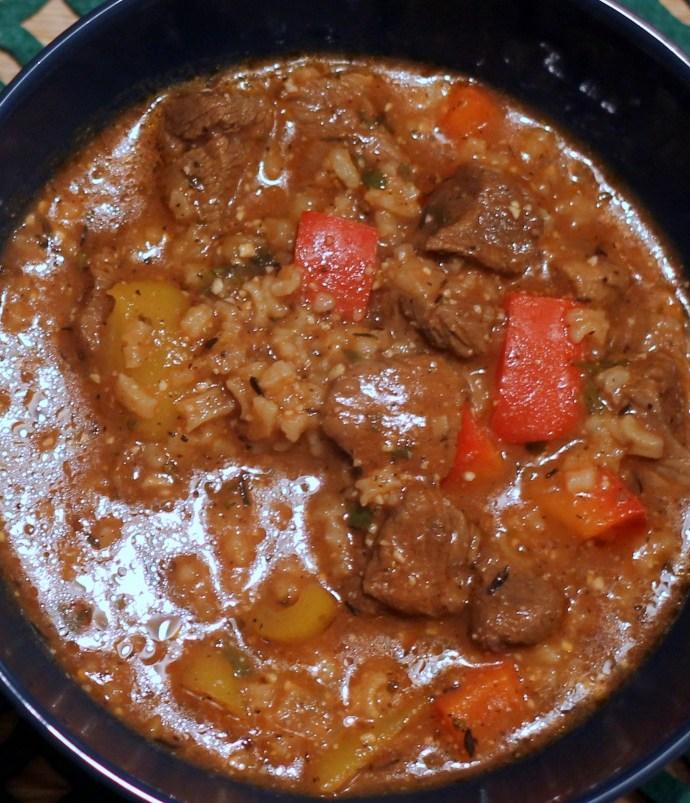Gęsta zupa gulaszowa – Charczo