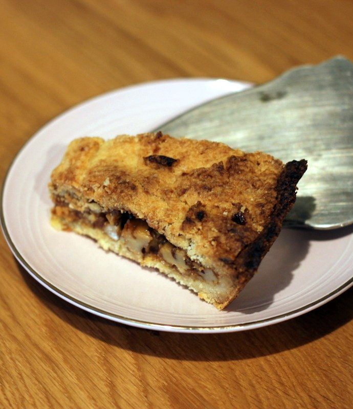 Engadiner Nusstorte – tarta z orzechami w karmelu