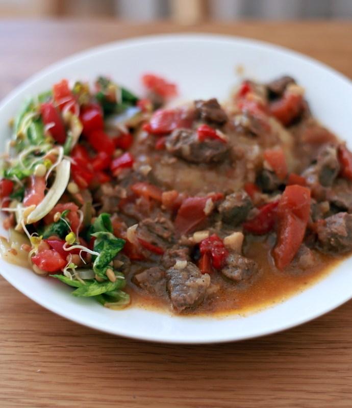 Al-Fashah – gulasz wołowy z pomidorami