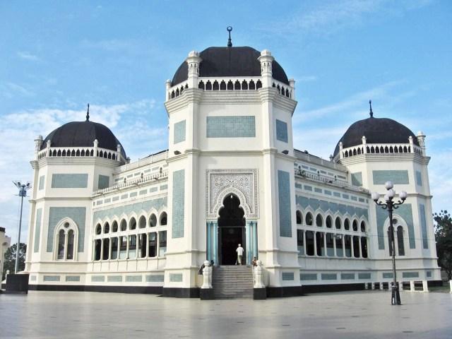 Hasil gambar untuk Masjid Raya Medan