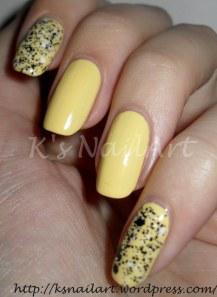 Lemon-Fizz-with-Chalk-Dust-nails-1