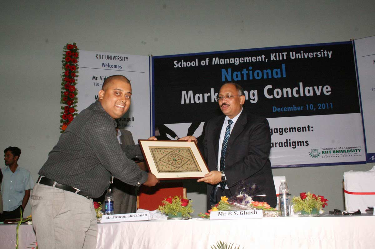 2nd-national-Marketing-Conclave-stage3