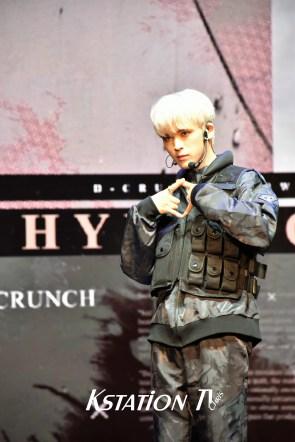 D-CRUNCH - HYUN WOOK