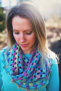 © Kimberly Dierkhising Photography Lily's Sweetheart Cowl by Celina Lane