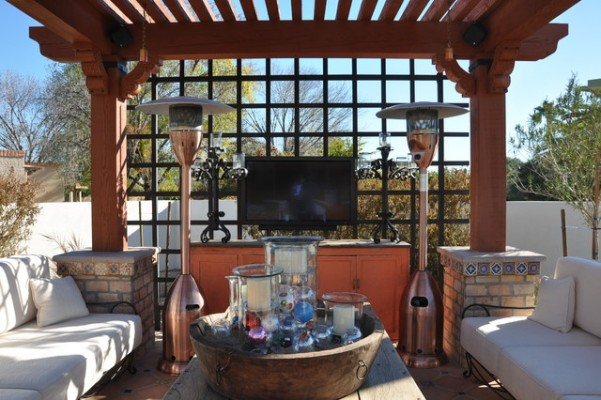 best tips for watching tv outside