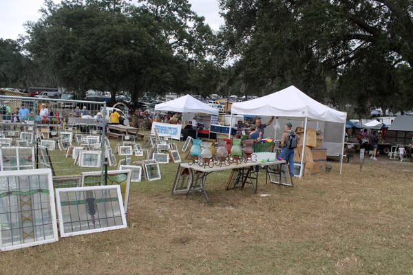 Renningers, Treasure Hunting at Renninger's Antique and Collectibles Extravaganza