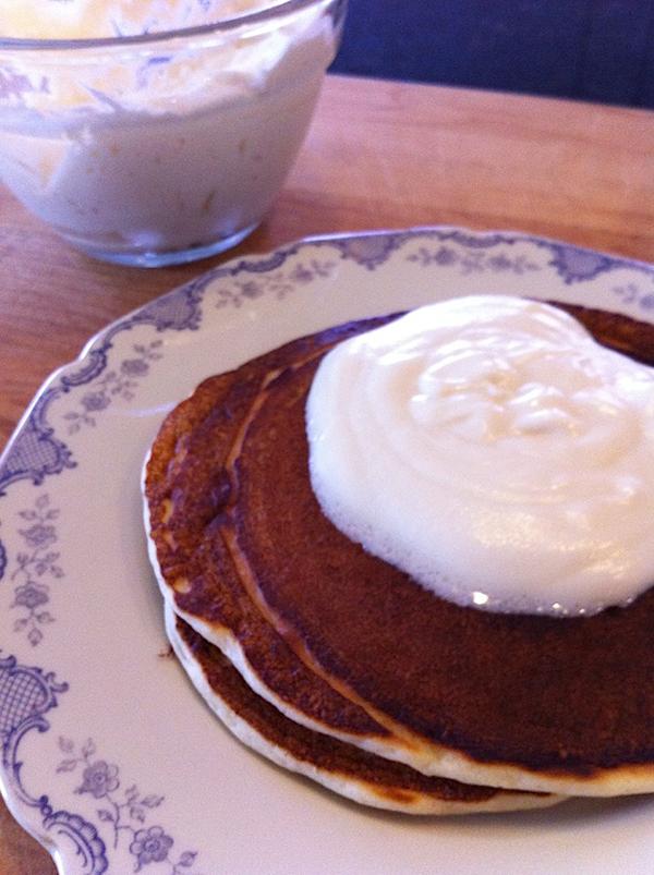 Step 7 in Bananas Foster Pancakes