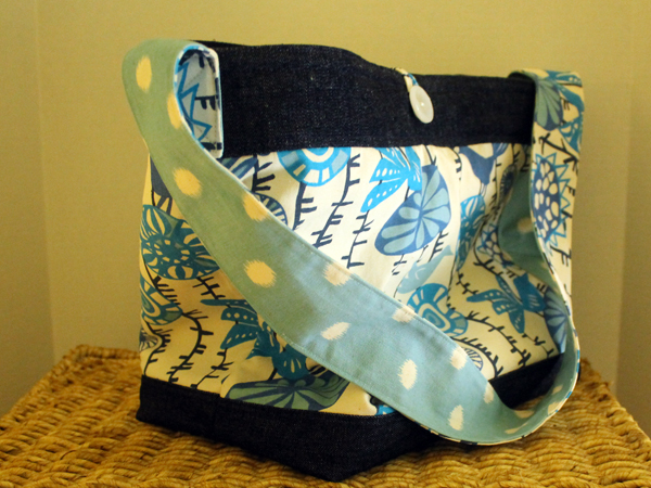 Shopping Tote, DIY boxed corners, #madewithfabric