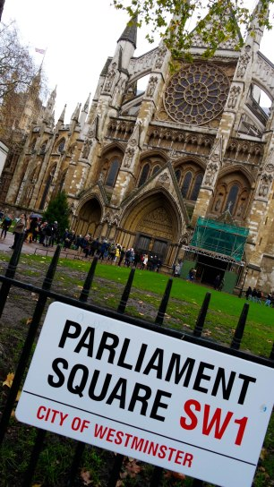 Dec16 | Westminster Abbey in Parliament Square