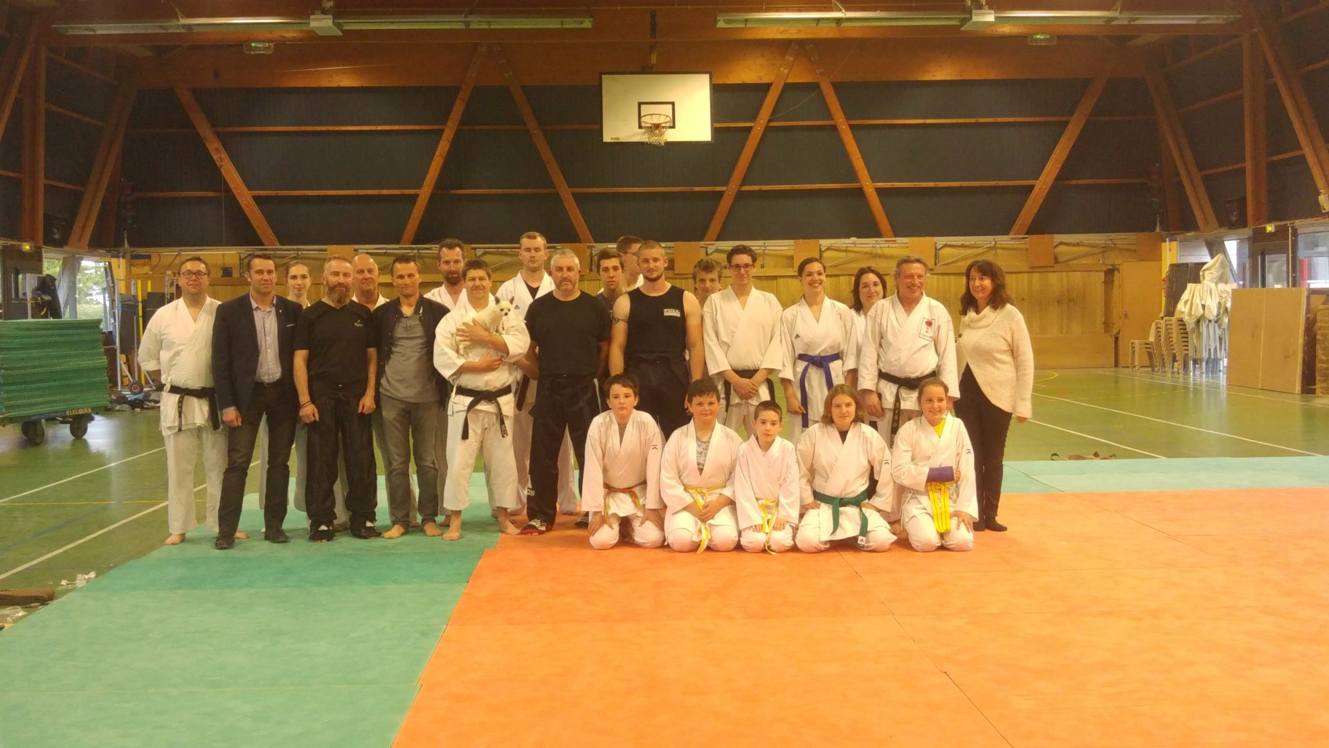 Photo de groupe des passages de grade karate eperlecques 2019