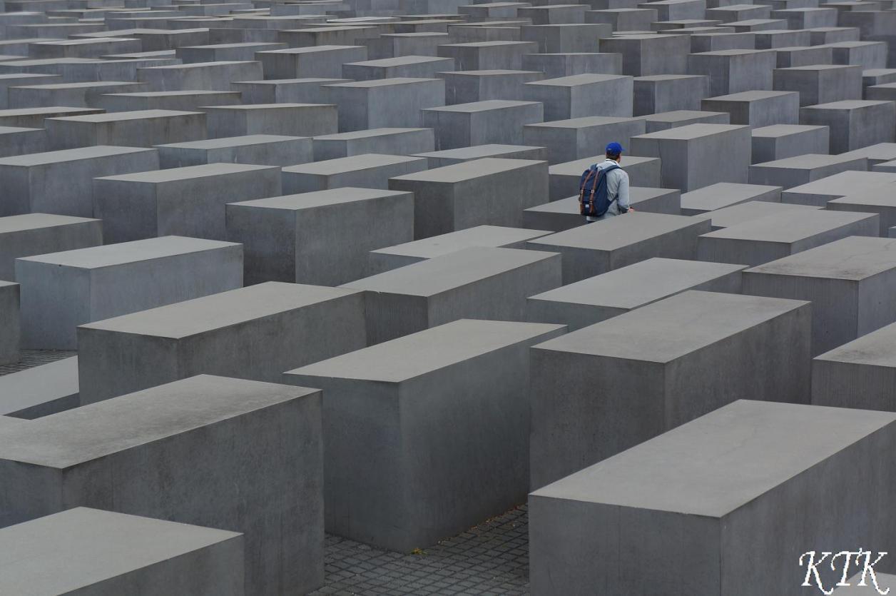31ベルリン石柱