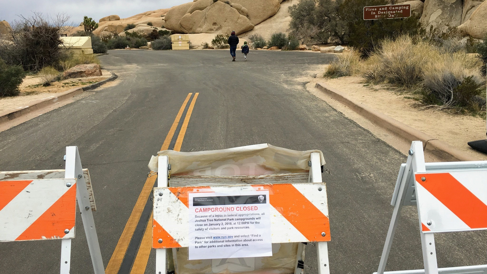 A campground closed notice at Joshua Tree National Park in California. (Credit: U.S. National Park Service)