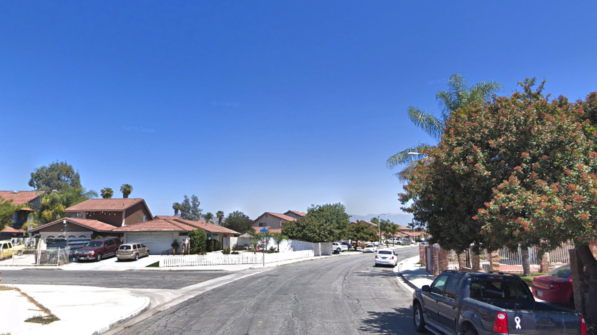 The intersection of Yee Street and Chiante Court in Moreno Valley is seen in a Google Maps Street View image.