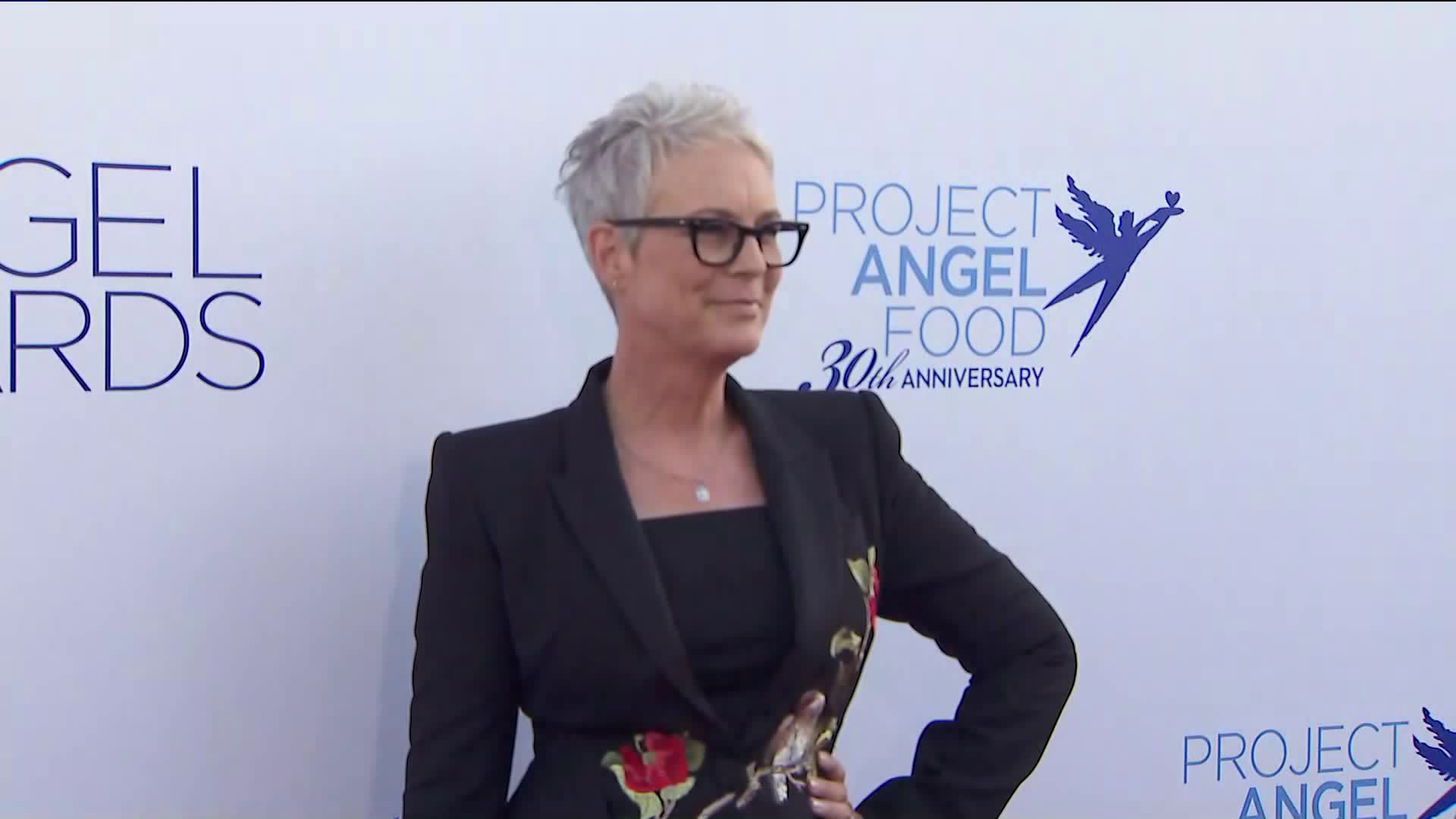 Jamie Lee Curtis arrives at the Project Angel Food Annual Angel Awards in Hollywood on Sept. 14, 2019. Curtis was honored with the origination's Humanitarian Angel Award. (Credit:KTLA)