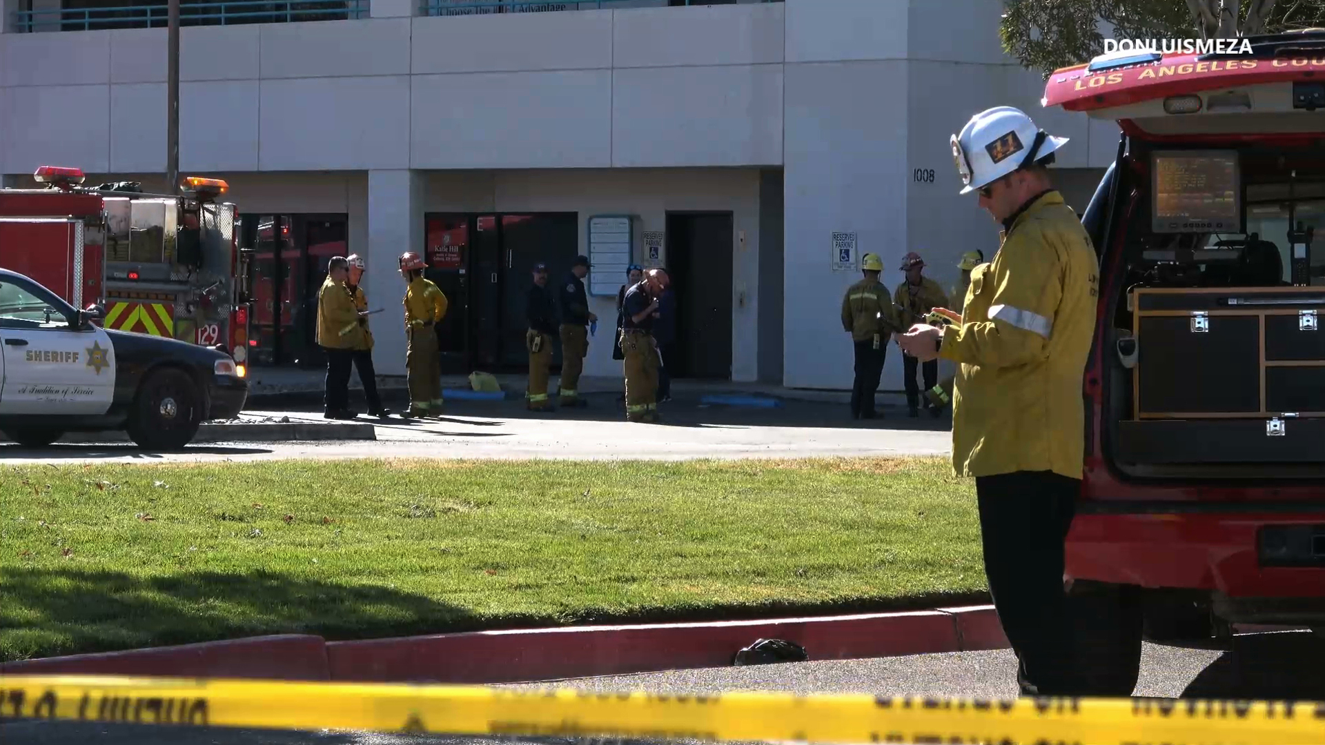 Authorities respond to a hazardous materials call at the Palmdale offices of former Rep. Katie Hill on Nov. 4, 2019. (Credit: Don Luiz Meza)