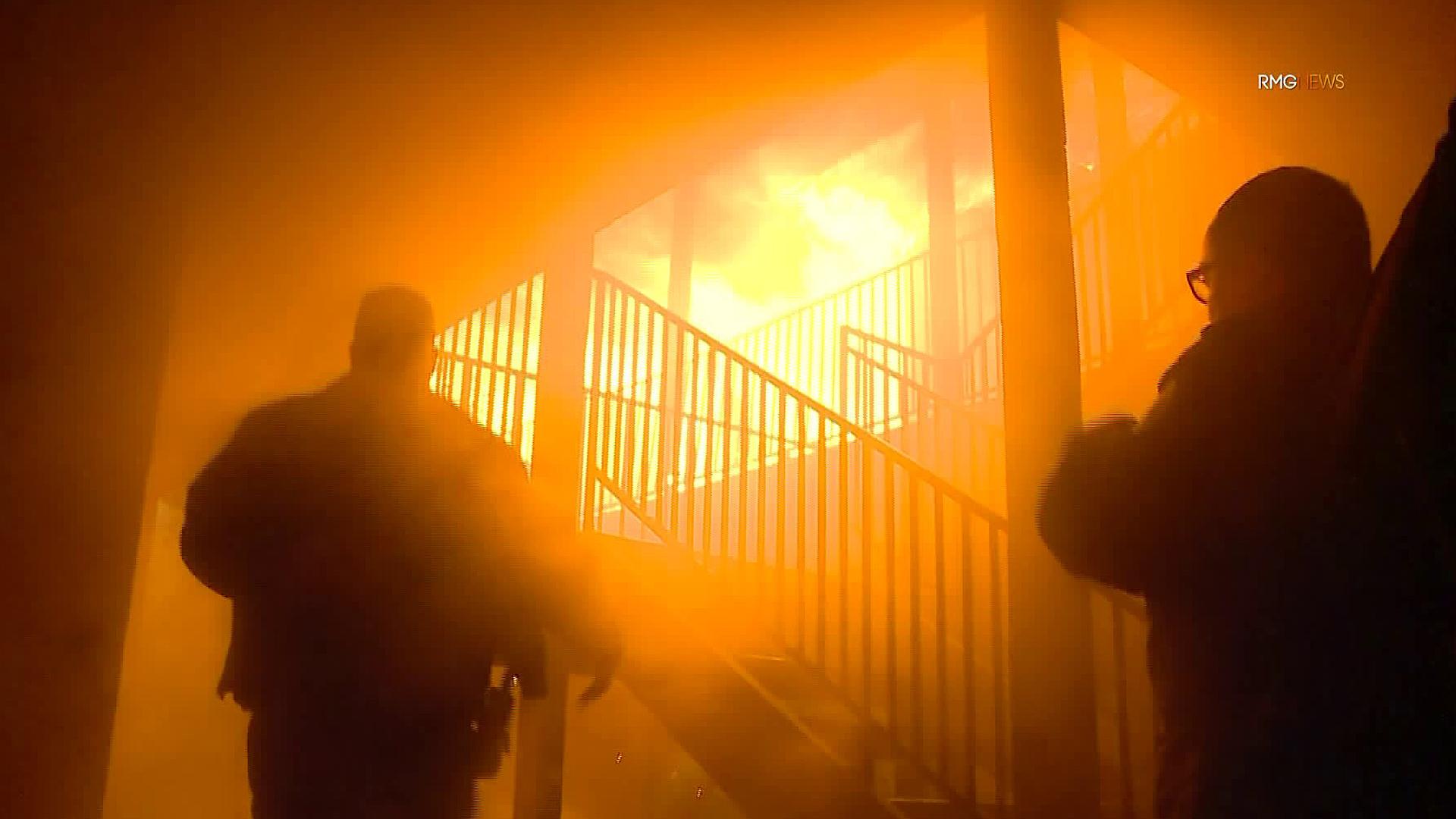 Firefighters respond to a fire in Hemet on Dec. 27, 2019. (Credit: KTLA)