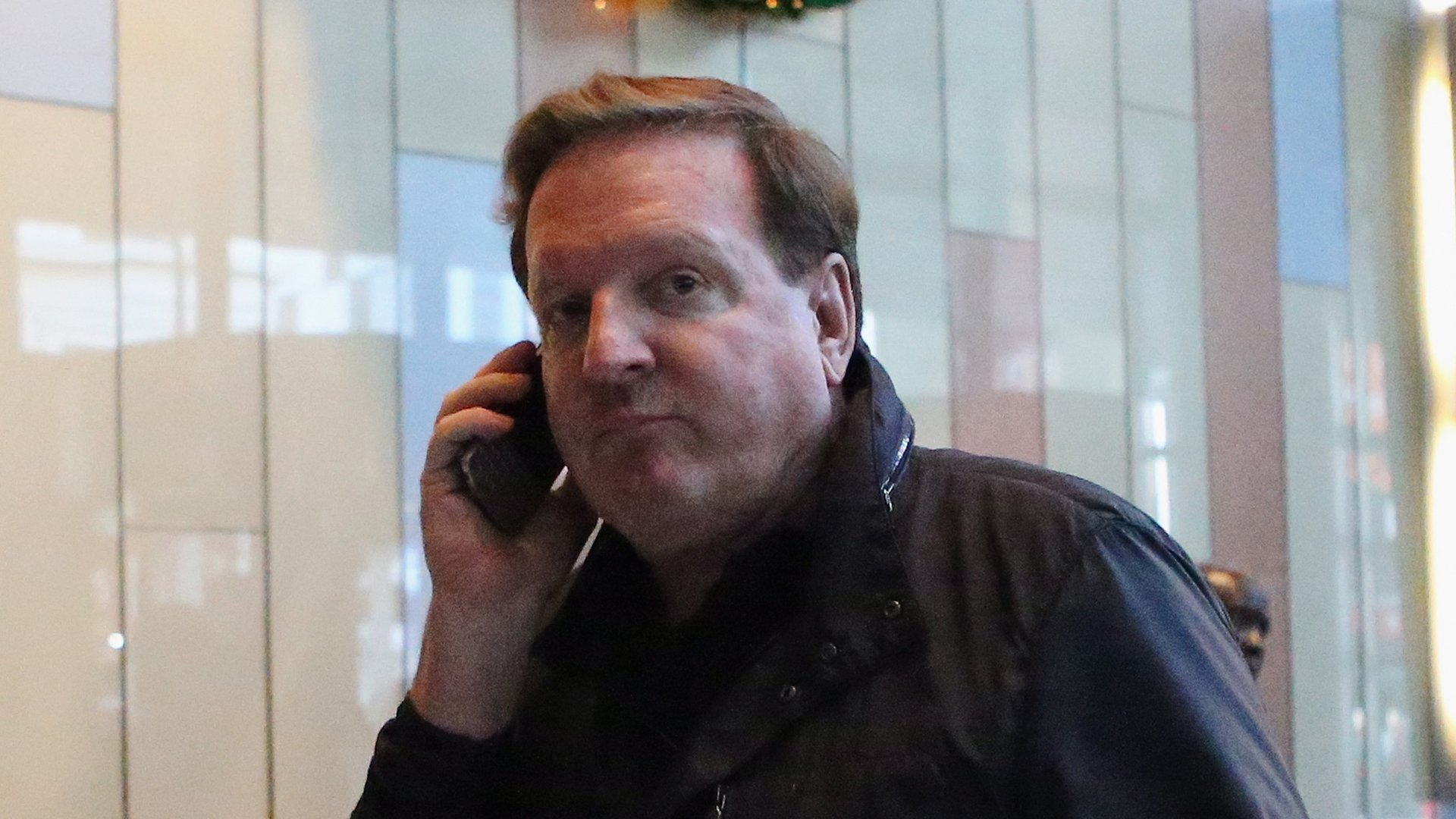 Piitsburgh Penguins Co-owner Ron Burkle arrives for a negotiation session with the National Hockey League Players Association at the Westin Times Square Hotel on Dec. 4, 2012, in New York City. (Credit: Bruce Bennett/Getty Images)