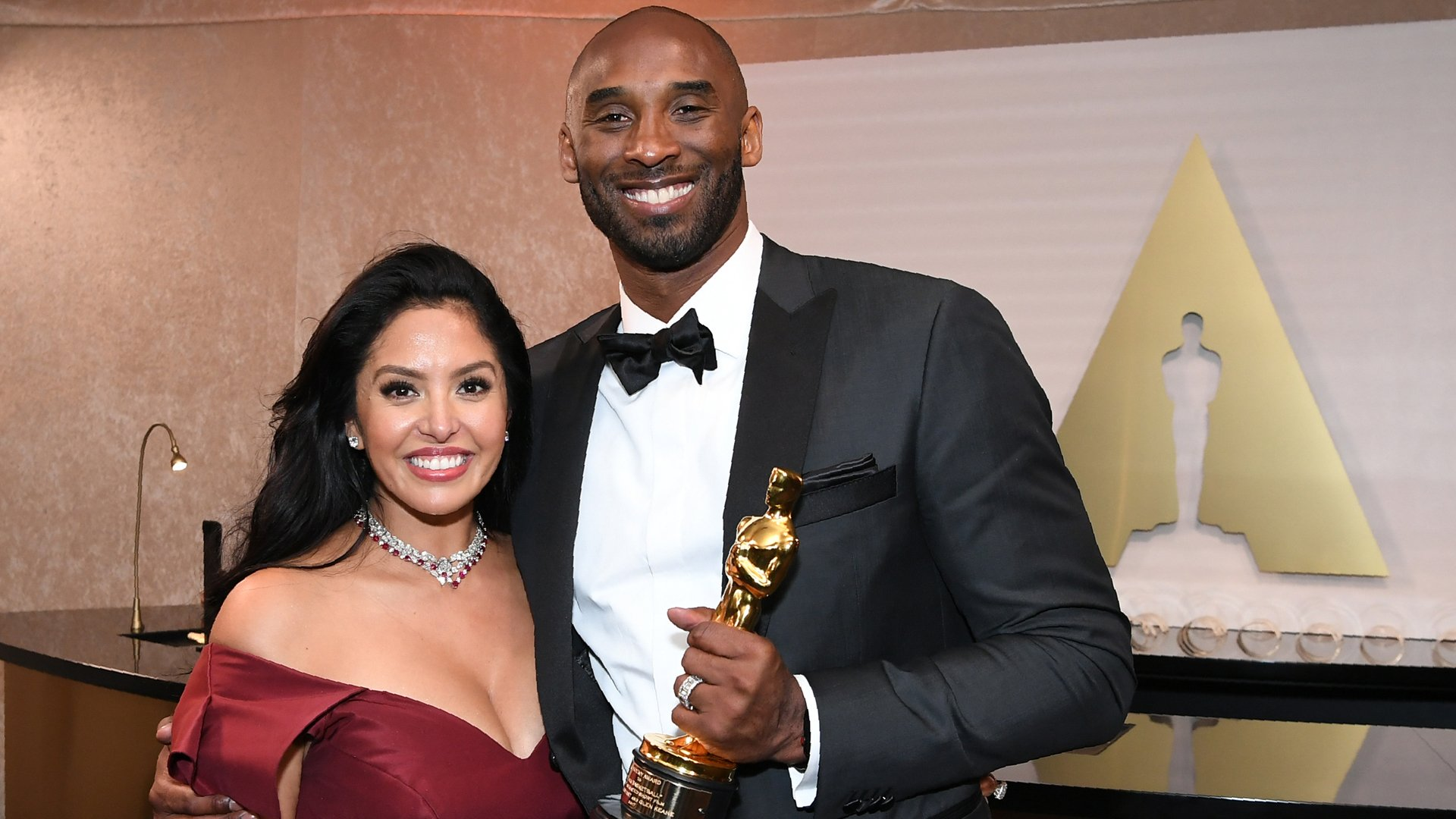 Kobe Bryant anf his wife Vanessa Bryant attend the 90th Annual Academy Awards Governors Ball at the Hollywood & Highland Center on March 4, 2018, in Hollywood.(Credit: ANGELA WEISS/AFP via Getty Images)