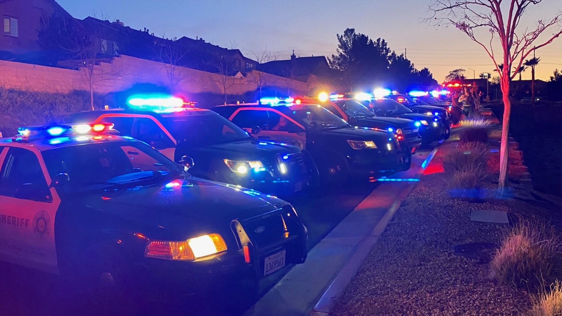 Los Angeles County Sheriff's Deputies salute healthcare workers at the Antelope Valley Hospital in Lancaster on March 30, 2020. (LASD)