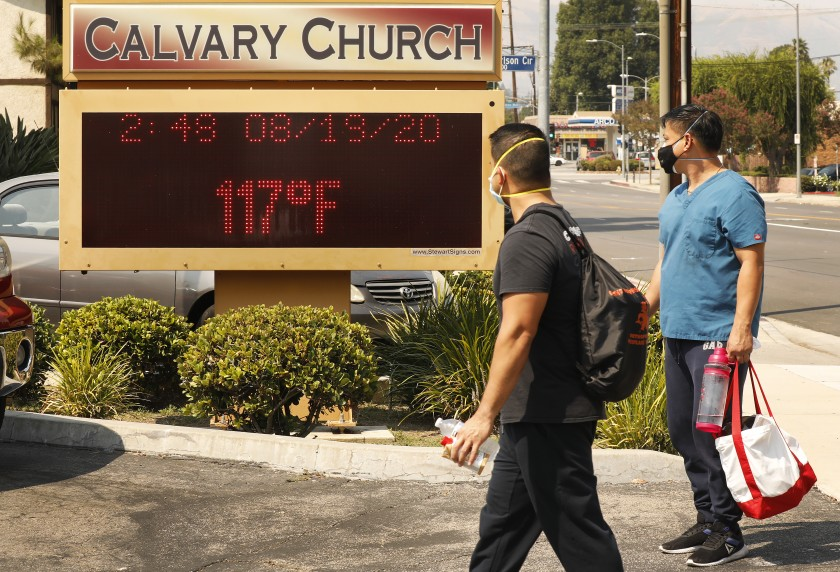 The thermometer at Calvary Church in Woodland Hills registers 117 degrees during a heat wave in August 2020. (Al Seib / Los Angeles Times)