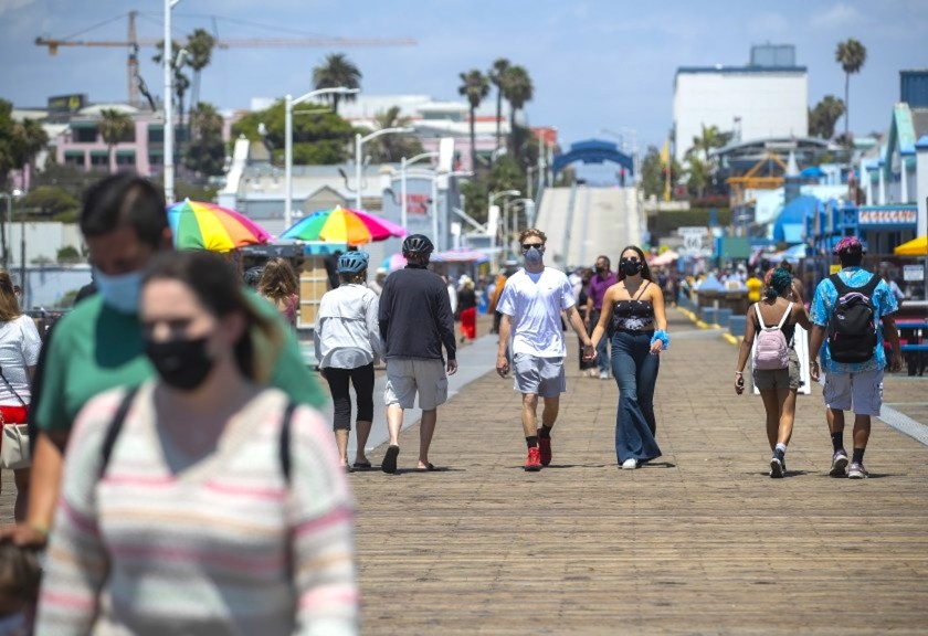 The rate of positive results from COVID-19 tests in California over the last week fell below 3%, state officials said on Monday, Sept. 21, 2020. (Los Angeles Times)