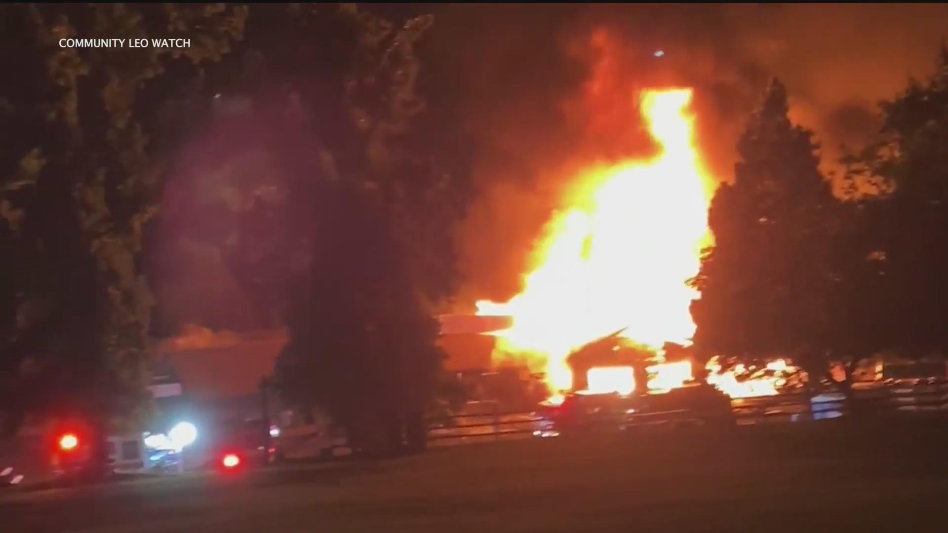 Fire Engulfs Historic Apple Ranch In Yucaipa Area Ktla