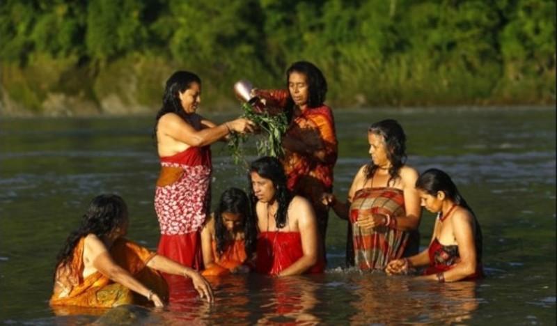 ऋषिपञ्चमीमा पनि कोरोना प्रभाव, नदी ...