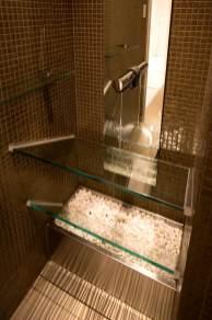 ガラス製オリジナル洗面台