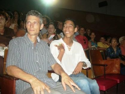 Tobias Kriele mit Jorgito an der Premiere in Camagüey