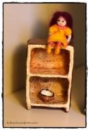 חלק מבית בובות מודולרי, עיסת נייר