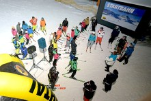 RID-rekord-laengste-skifahrerkette3