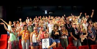 RID-rekord-groesste-filmpreview-im-hawaii-outfit1