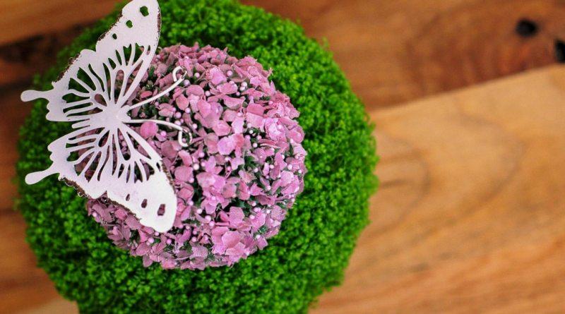 Dekoration, Frühling, Tischdeko Ostern, Tischdeko Frühling, Tischdekoration, Ostern, Feiertage, Familienessen, Familientisch, Mahlzeiten, Echtholz, Tisch, Esstisch Echtholz, Esstisch