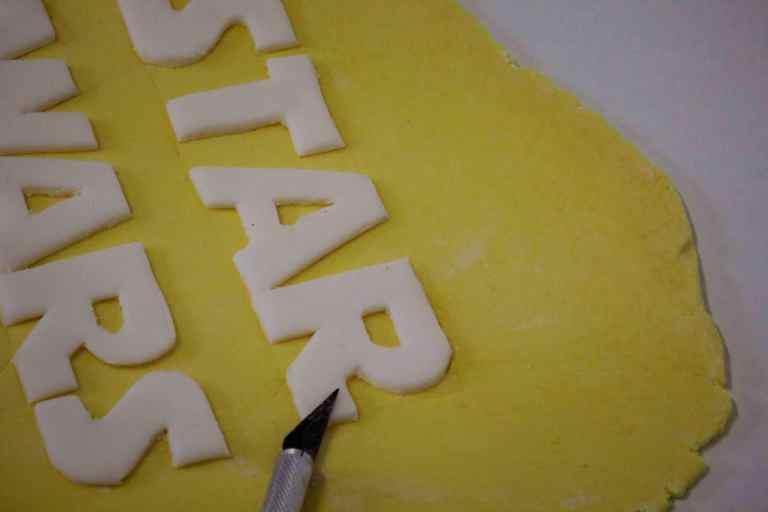 Star Wars Torte Anleitung Tutorial Bildanleitung Motivtorte StarWars Kuchen Kindergeburtstag Star Wars Kindergeburtstag