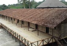 The Redeems Bidayuh Long House - KUCHINGBORNEO