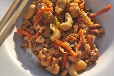 makaron-ryzowy-mieso-indyka