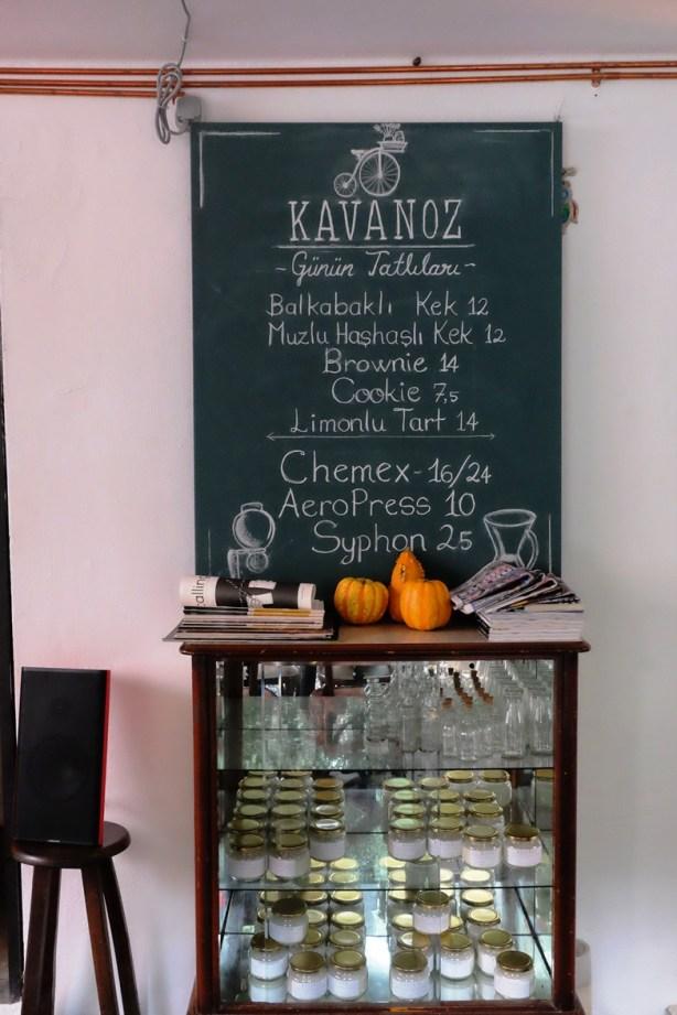 kavanoz-istanbul-monu