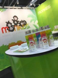 http://designstudio.paizano.se/wp-content/uploads/massmaterial-MONKIDS-barn-flaskor.jpg