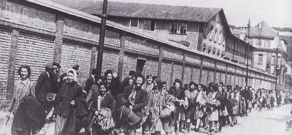 Więżniarki w obozie pracy w Jeleniowie