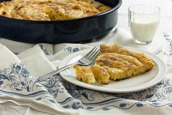 Pita od domaćih kora / Savory pie with domestic pastry