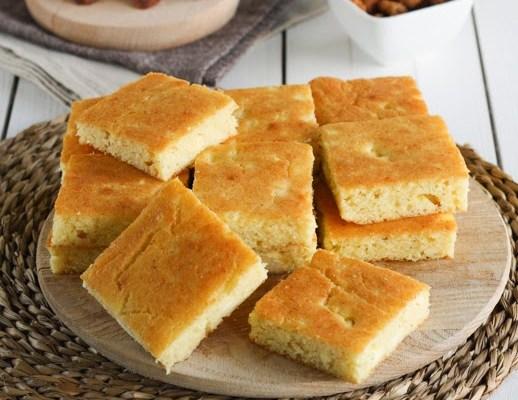 Projara / Domestic corn bread with cheese