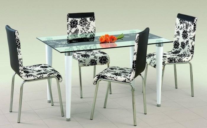 Стеклянный стол с белыми ножками