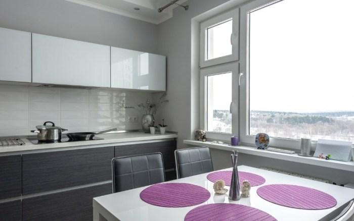 Кухня с глянцевым верхом