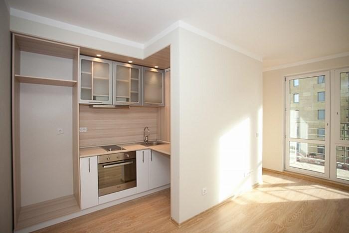 Кухня в коридоре