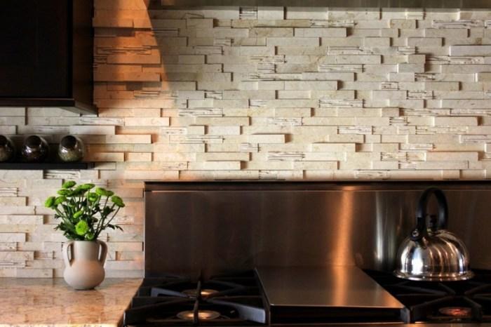 Дизайн кухонных стен с помощью камня