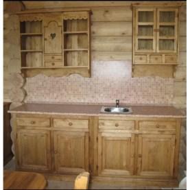 Галерея кухонь в деревенском стиле