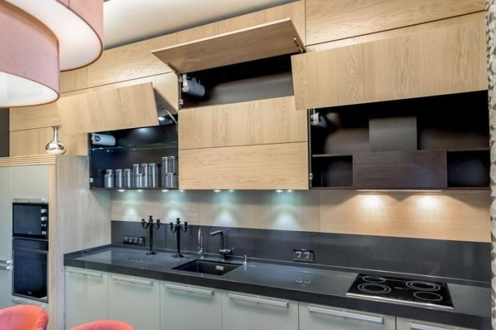 Навесные шкафчики на кухне