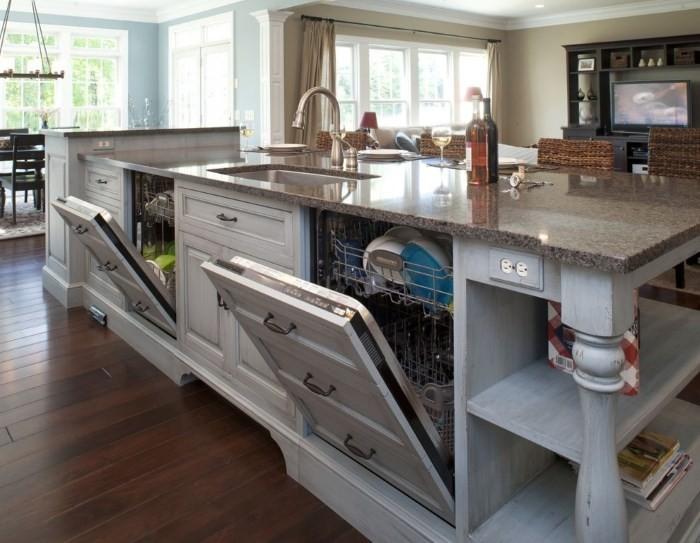 Машина для мытья посуды в интерьере кухни