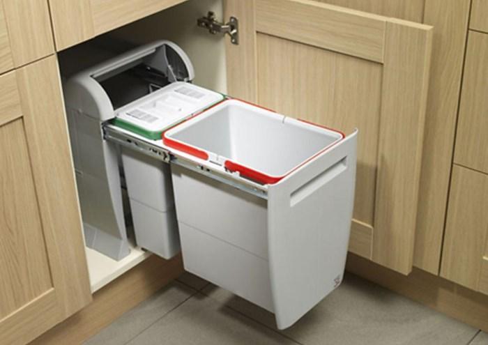 Кухонное мусорное ведро