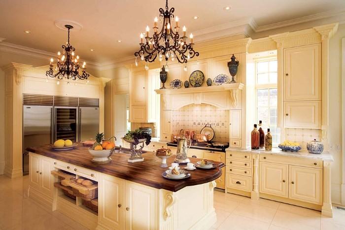 Освещение кухни в английском стиле